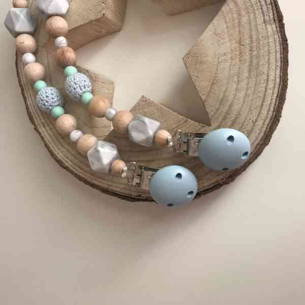 Arlo soother chain