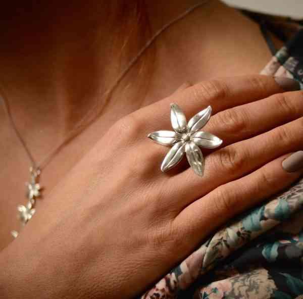 Daisy Ring - Silver -