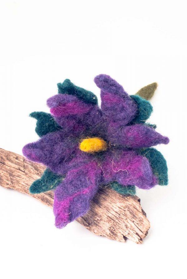 felt purple flower brooch handamde by Ertisun