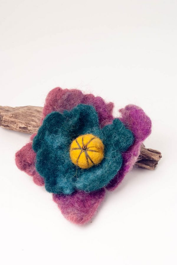 purple felt brooch handmade by ertisun teal brooch