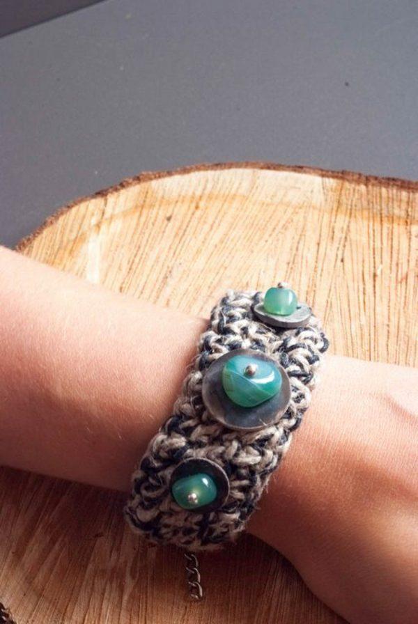 handmade bracelet jewellery with linnen and stone
