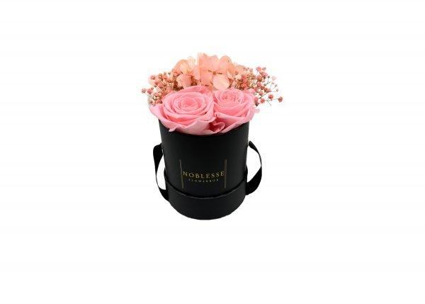 noblesse flowerbox flower arrangement