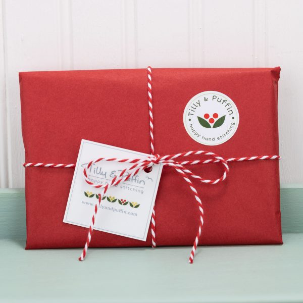 Robin Christmas Cards - card packaged christmas green tray