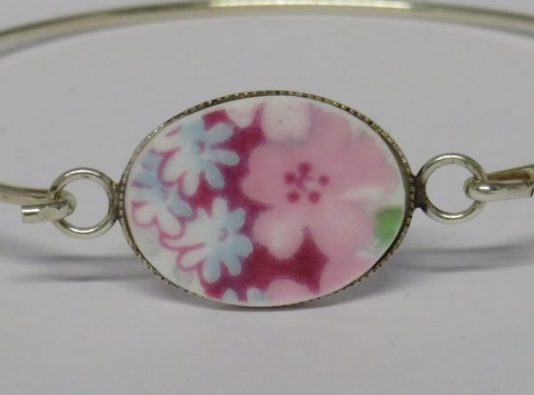 Bangle with Vintage China Pink Blossom - IMG 0040a