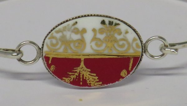 Bangle with Vintage China Red and Gold - IMG 0046a