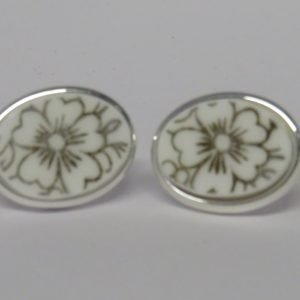 Cufflinks with Vintage Gold Flower