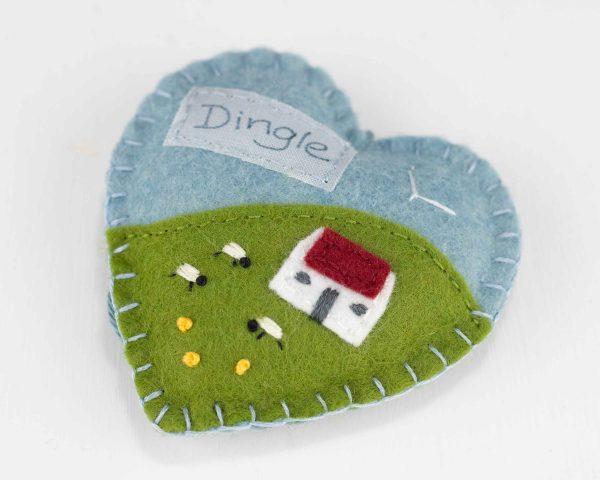 Personalised Irish Cottage Felt Ornament - IMG 3473 scaled