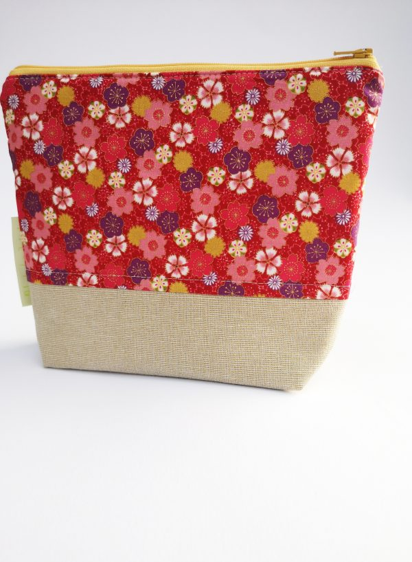 Beige and Red Floral Makeup Bag - IMG 20190109 104445 scaled