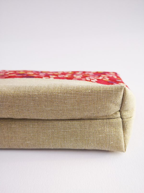 Beige and Red Floral Makeup Bag - IMG 20190109 104701 scaled