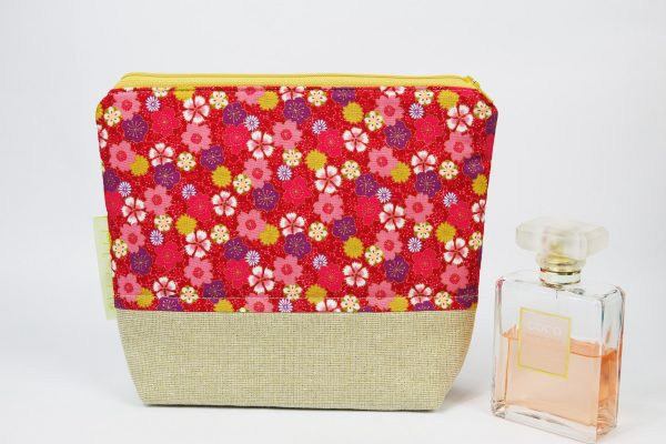 Beige and Red Floral Makeup Bag - RX302875 scaled