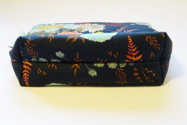 Navy Floral Large Zipper Pouch - RX309933 scaled