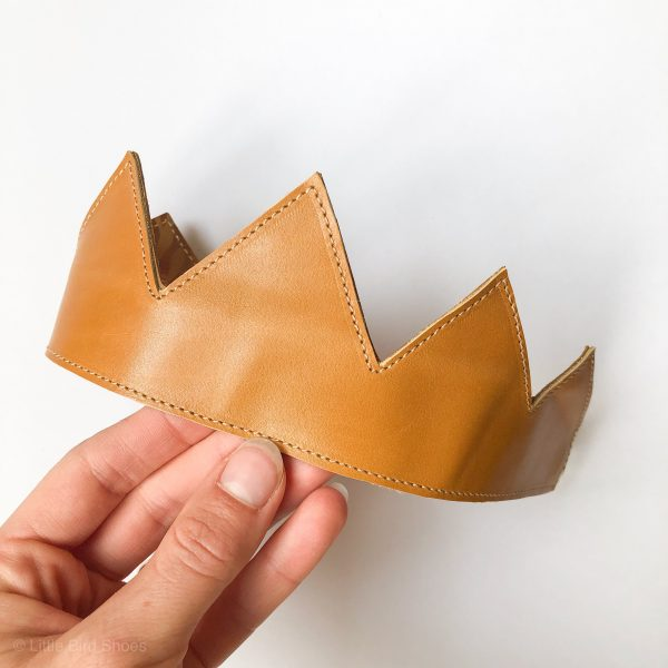 Leather Reversible Crowns for Babies, Kids and Adults - IMG 1632 scaled