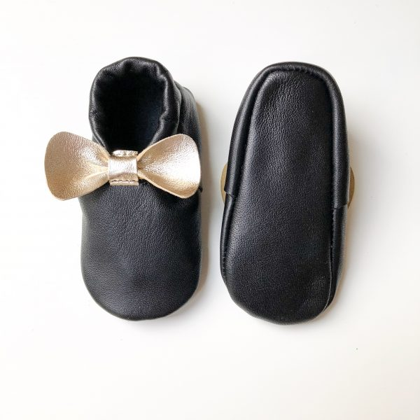 Leather Baby Moccasin Shoes with Bows - IMG 1829 scaled