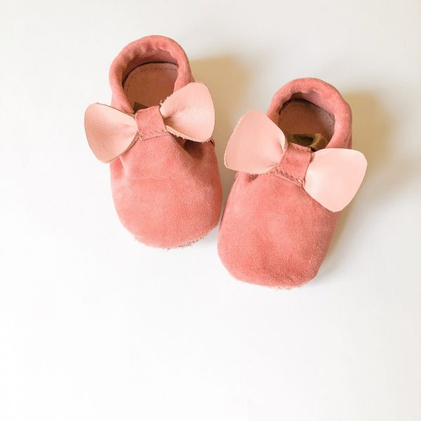 Leather Baby Moccasin Shoes with Bows - IMG 2429 scaled