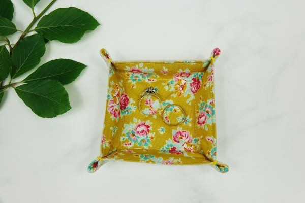 Floral Fabric Tray - RX302965 scaled