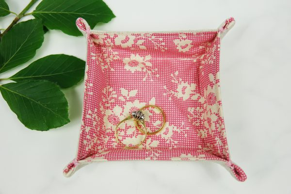 Floral Fabric Tray - RX302966 scaled