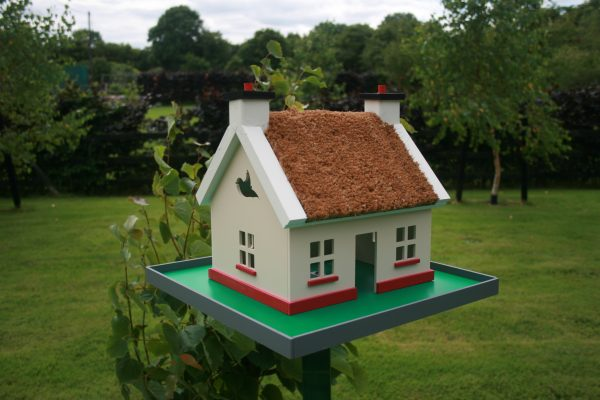Irish Thatch Cottage Birdhouse