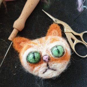 Shifu cat brooch