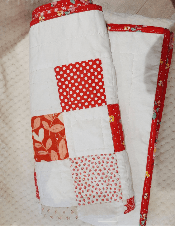 Red and White Baby Quilt - red and white 4