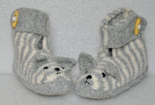 Kids' Felted Slippers Collection - DSC 0420 scaled