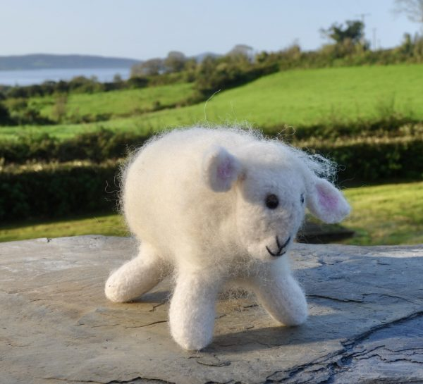 Sheep-ish, Felted Sheep - DSC 0539