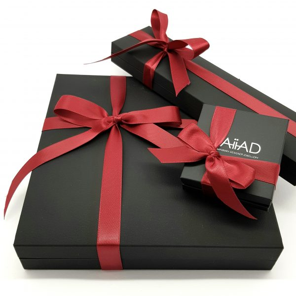 NAIIAD Jewellery packaging 2