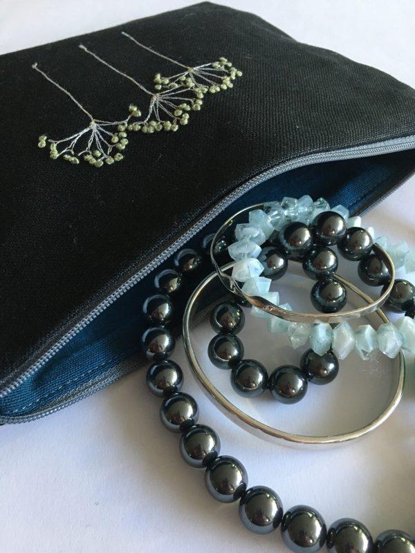Black Zipped Linen Pouch (Dark Blue)