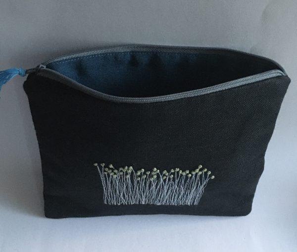 Black Irish Linen Zipped Pouch (blue lining) - C8D46D69 8267 40FE AA5E DE7EC836A23D 1 201 a
