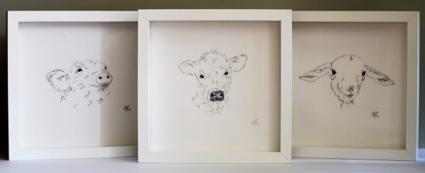 Embroidered Lamb Frame - D4255E79 4F4C 478B A680 88301907D0C3 1 201 a