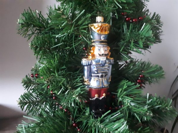 Soldier Nutcracker Glass Christmas Tree Decoration
