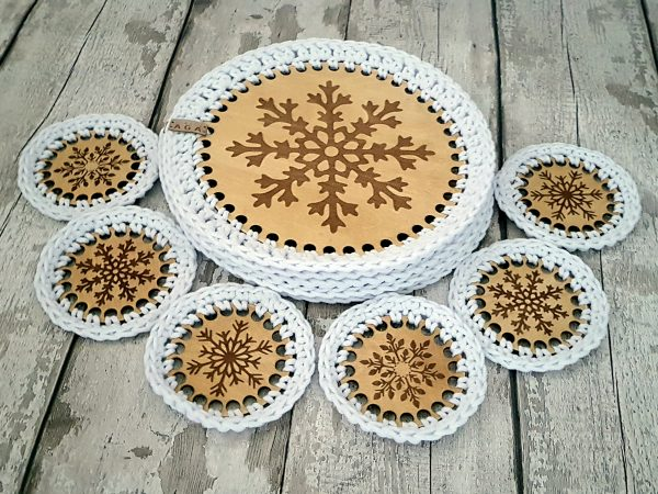 Set Of 2 Christmas Crotchet And Plywood Round Table Mat & Coaster - 20201113 104737