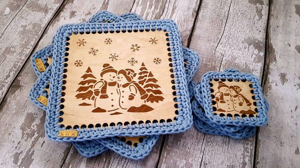 Set Of 2 Christmas Crotchet And Plywood Square Table Mat & Coaster - 20201113 113631