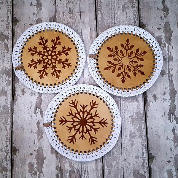 Set Of 2 Christmas Crotchet And Plywood Round Table Mat & Coaster - 20201113 114126