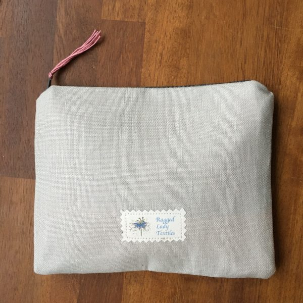 Pale Grey Zipped Linen Pouch (Pink Lining) - 760C776C 2250 4583 A90D DCB41A77CF05 scaled