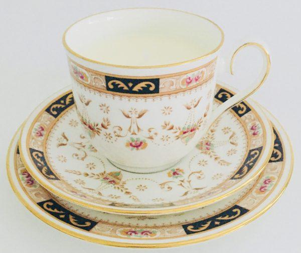 Elizabethan Decorative Fine Bone China