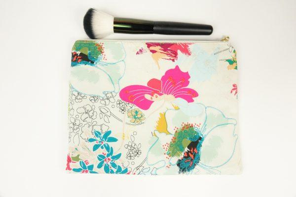 White Floral Makeup bag - RX300236
