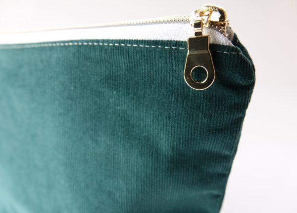 Dark Green Makeup Bag - RX30042811 scaled