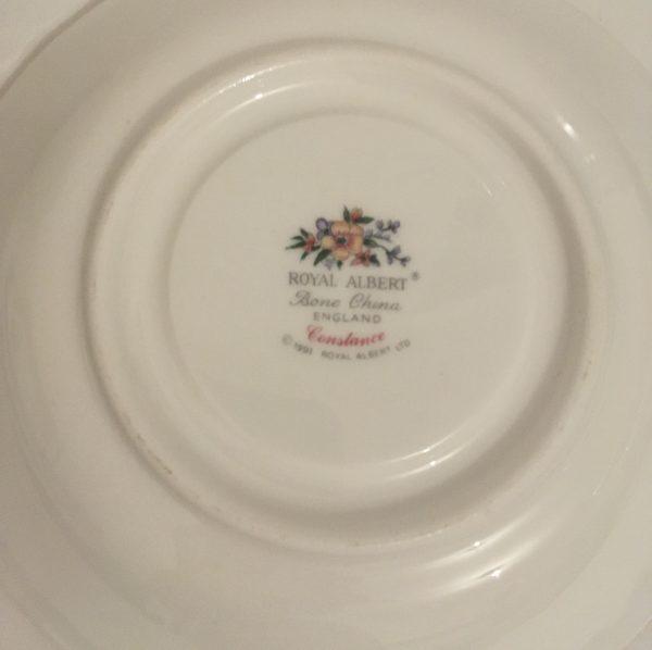 Teacup Candle - Royal Albert Fine Bone China - CAA44764 B3FF 4039 9411 8156E501D7C3 scaled
