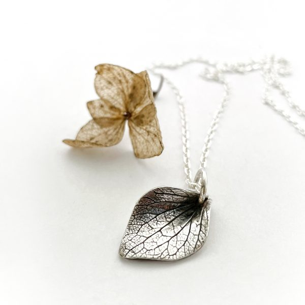 Hydrangea_I pendant