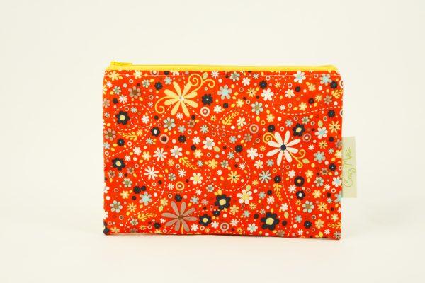 Red Daisy Makeup Bag - IMGL7746