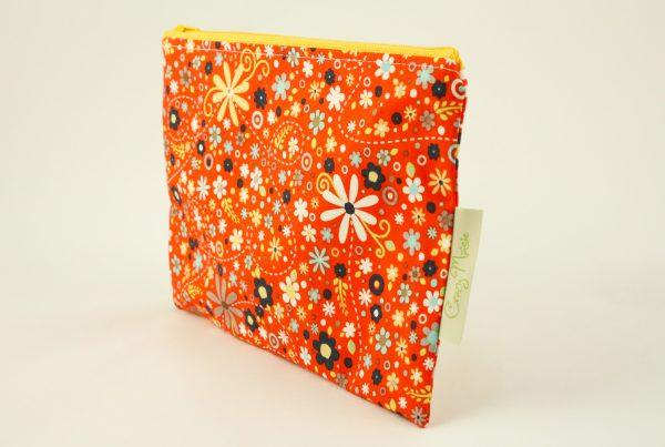 Red Daisy Makeup Bag - IMGL7747