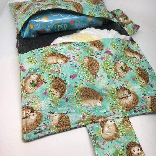 Baby Gift Set Hedgehog Turquoise - 18FD9042 685F 4D82 B73A F630F24EC80E rotated