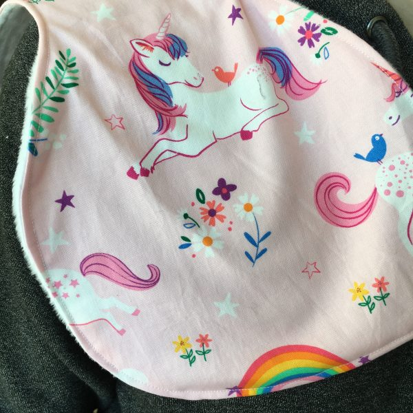 Burp Cloth unicorn - 414E4C03 701E 4451 BAF4 57EC0B2A4285 rotated
