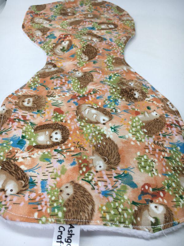Burp Cloth Hedgehog brown - E487A937 B0FB 4FDA 95B2 32E5996DA44B rotated