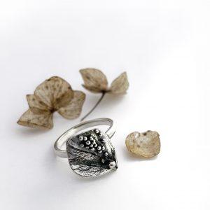 Hydrangea Silver Ring