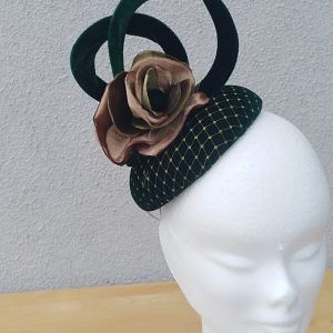 Lisa: Velvet Green Button Fascinator