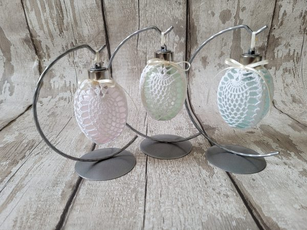 Led Easter Egg Bauble Ornament on a Metal Stand - 20210303 153509