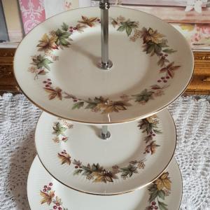 Vintage Bone China 'Midi' Tea/Cake Stand: Royal Standard