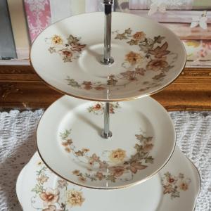 Vintage Bone China Tea/Cake Stand: Gainsborough