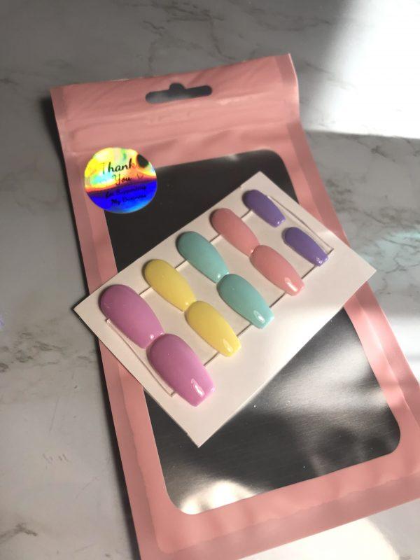 Spring Pastels Press-On Nails - 297A7B2C F5CA 4B6A A84D D8FFFE3CA528